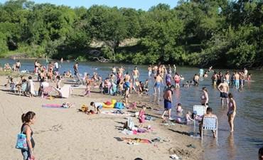 Esperan crecida del río y piden precaución a bañistas
