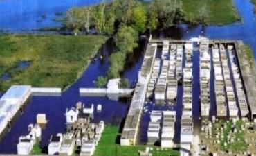 Comienzan las obras de canalización de agua en el cementerio de Isla Verde.