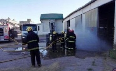 MARCOS JUAREZ: Incendio en un galpón de la antigua firma Schiarre