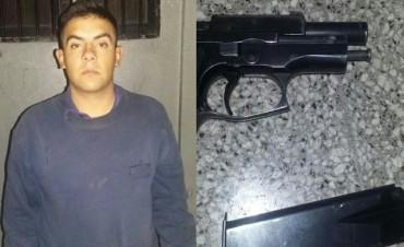 Cadete robó una pistola 9 milímetros de la Escuela de Policía y fue detenido