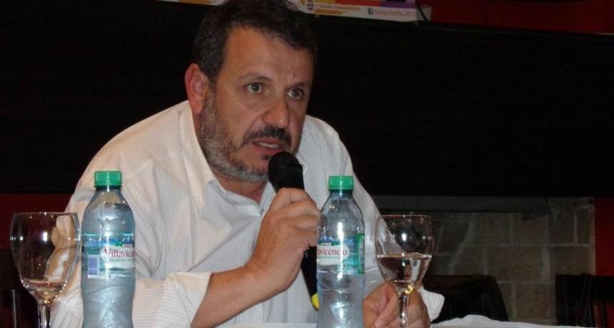 El Secretario Municipal de Monte Maíz presentó su renuncia indeclinable al cargo.