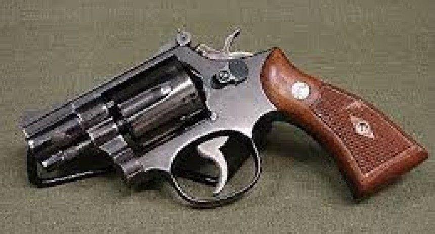 Cañada de Gómez: fue demorado cuando portaba un revolver un adolescente de 19 años