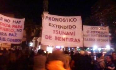 Vecinos de Sierras Chicas protestan por obras incumplidas tras las inundaciones