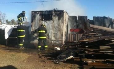 Marcos Juarez - Incendio en galpón de alimentos de la Protectora de Animales