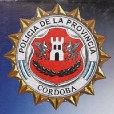 POLICIA SECUESTRO EN BALDISSERA CARRO CON UNA GALLINA, CONEJOS Y CERDOS
