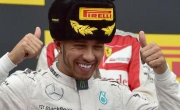 Hamilton ganó el Gran Premio de Rusia y se acerca al título