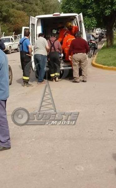 ACCIDENTE EN LA INTERSECCIÓN DE  CALLE RIVADAVIA Y 25 DE MAYO