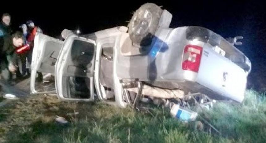 Choque y vuelco al este de Achiras: dos heridos