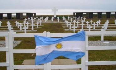 Notifican a las primeras familias de soldados identificados en Malvinas