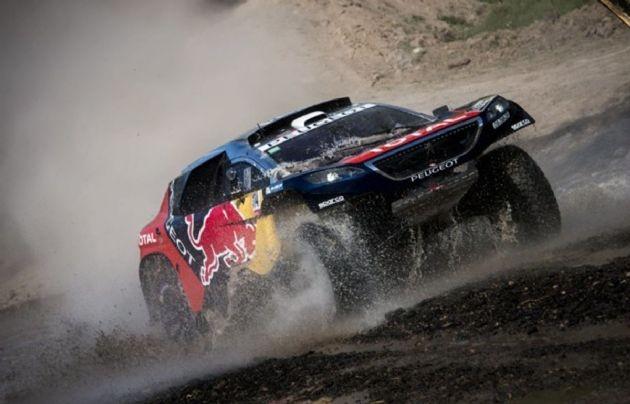 Sébastien Loeb volvió a triunfar y lidera la categoría autos