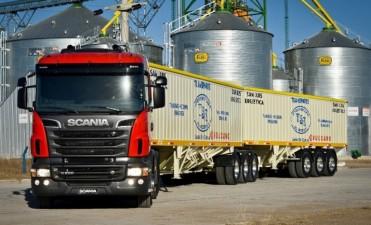 """Transporte de cargas más barato: autorizan los """"bitrenes"""", que pueden llevar hasta 60 toneladas"""