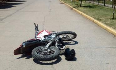 Grave accidente en motocicleta en Monte Maiz