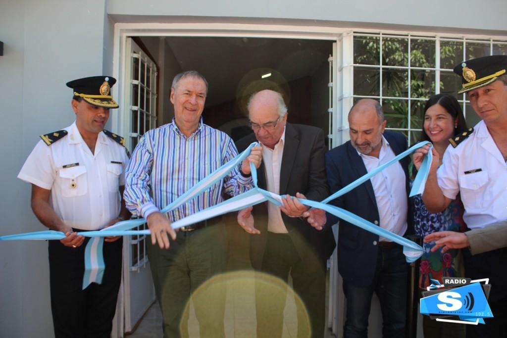 El gobernador Juan Schiaretti visitó Monte Maíz trayendo dinero para el Hospital
