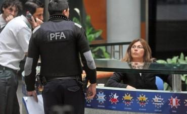 Allanaron empresas de los tres argentinos acusados por coimas en la FIFA