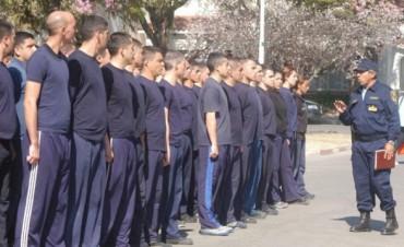 Van a juicio 39 aspirantes de la Policía por usar analíticos falsos