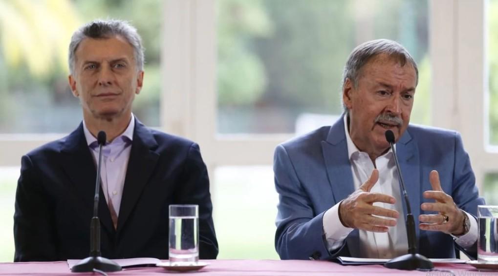 Schiaretti viaja hoy a la Rosada: Macri busca sumar apoyo con el FMI