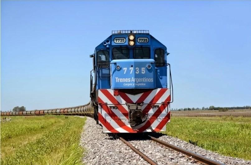 Por primera vez en la historia, llegó a Timbúes un tren con 100 vagones
