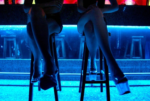 Clausuraron bar en Monte Buey