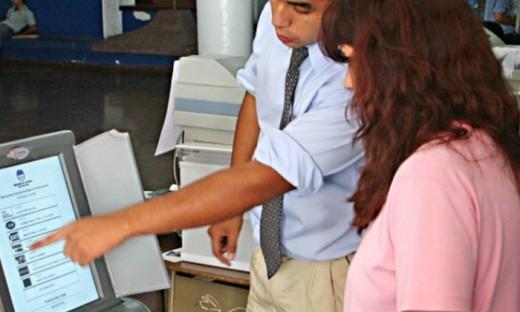 Opiniones divididas entre los candidatos por el voto electrónico en Marcos Juárez