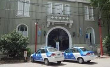 """Cañada de Gómez: """"Mecheras"""" se llevaron seis camperas de un comercio de ropa"""
