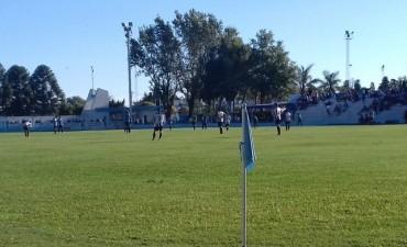 Final: Corralense golpeó primero con una goleada