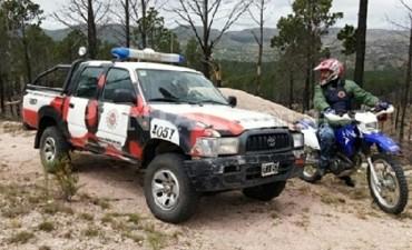 Buscan intensamente a tres jóvenes perdidos durante una travesía serrana