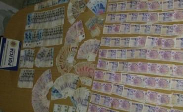 Laborde: un nene de 12 años asaltó un comercio, se llevó 25 mil pesos y les regaló una parte a sus amigos