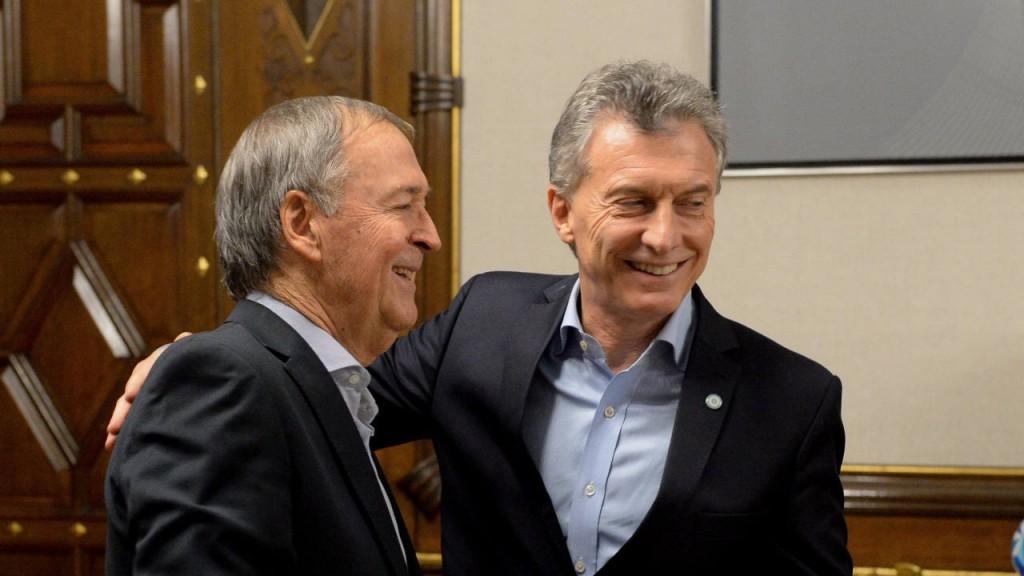 Con Schiaretti en Madrid, Macri visitará mañana Córdoba