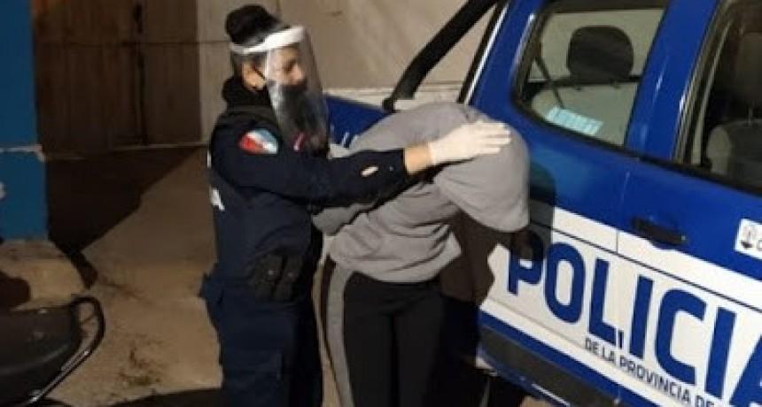 Marcos Juárez: Detenida por agredir salvajemente a un hombre en la cara con un caño