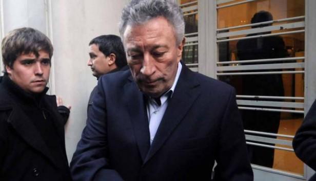Por unanimidad, Luis Segura seguirá como presidente de AFA hasta 2015