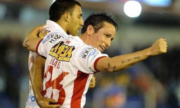 Huracán no tuvo piedad y goleó a Tigre en la ida