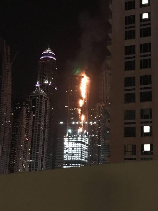 Incendio en el rascacielos The Torch en Dubai: no se reportaron heridos