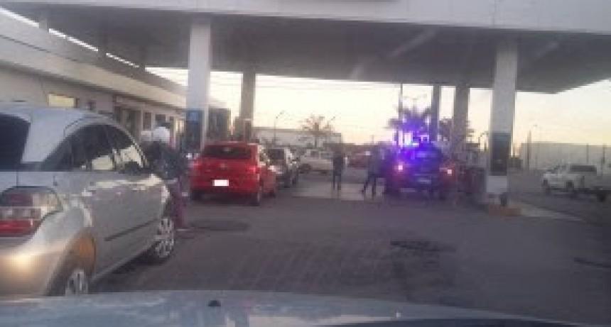 Accidente en la YPF de la localidad de Las Parejas