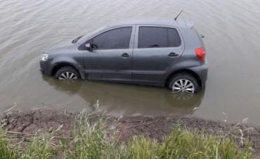 Despiste de automóvil entre W. Escalante y Laborde