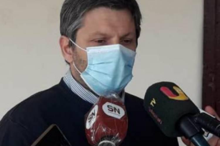 El director del hospital de Bell Ville en aislamiento preventivo