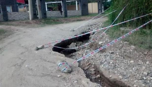 Las calles de tierra de Carlos Paz, destrozadas por la tormenta