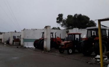 El viento arrancó el techo de corralón municipal en Camilo Aldao