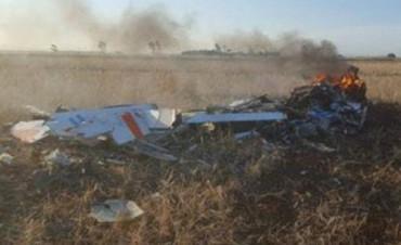 Se estrelló un avión de las FFAA y los pilotos se salvaron