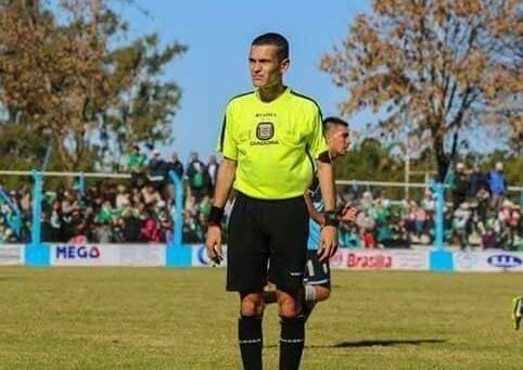 Ayudante de Campo Independiente Pascanas pegó una trompada al árbitro