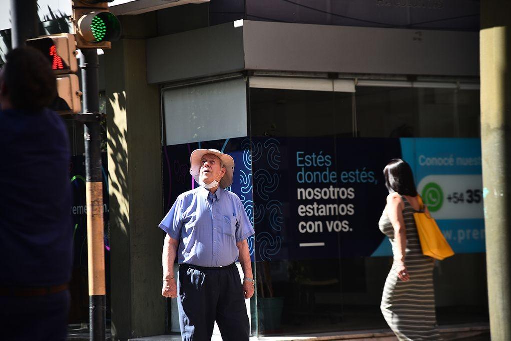 Calor en Córdoba: máxima de 36° y alerta amarilla por temperaturas extremas