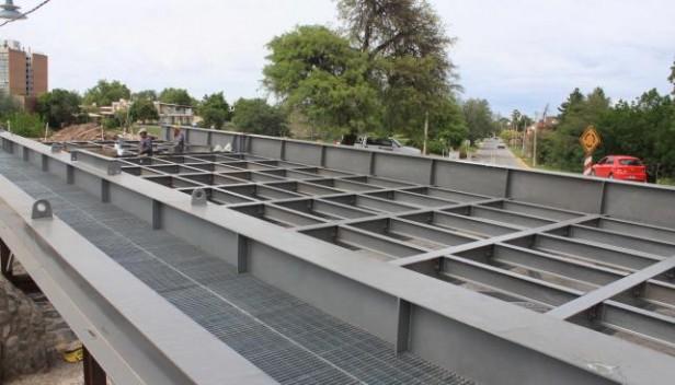 Jesús María: el nuevo puente Centenario estará listo en enero