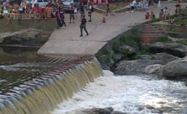 Rescataron a un niño de 4 años que cayó al río San Antonio