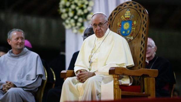 En Uganda, el papa Francisco afirmó que