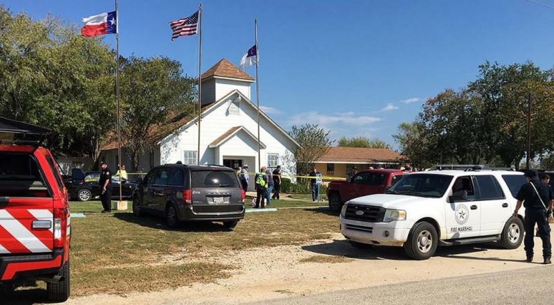 Tiroteo en una iglesia de Texas: 27 muertos y varios heridos
