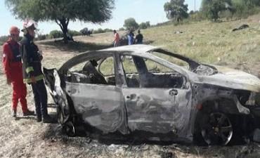 Santiago del Estero: murieron tres belvillenses por un vuelco e incendio