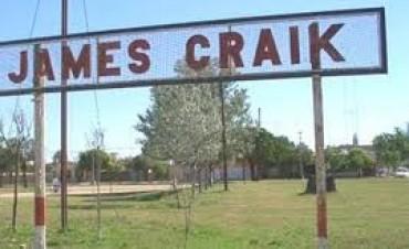 Policías golpeados y cortados en fiesta de 15 años en James Craik