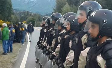 """El Gobierno aseguró que """"los mapuches actuaron con violencia armada"""""""