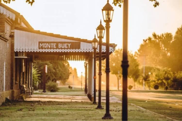 Monte Buey: Multa cercana a los 100.000 pesos por una reunión en su casa