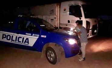 VILLA MARIA: Atrapan a empleado descargando ilegalmente gasoil en la ruta