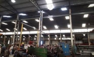 Armstrong: Accidente laboral con un operario que realizaba tareas de mantenimiento en el techo de una fábrica